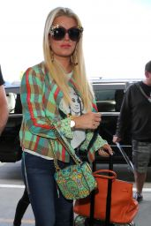 Jessica Simpson - LAX Airport in Los Angeles 4/18/2017