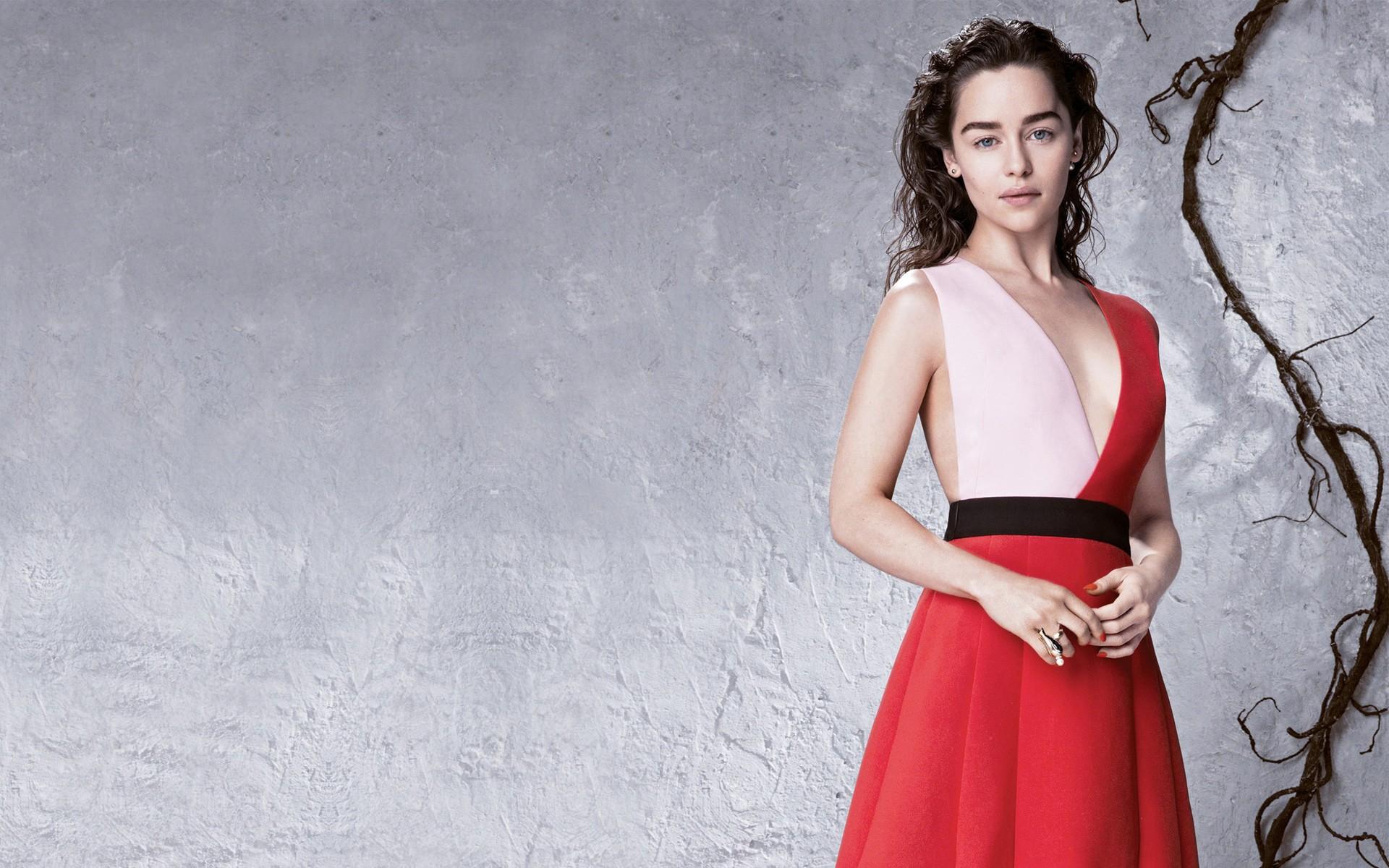 Emilia Clarke Wallpapers (+38