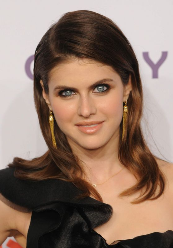 "Alexandra Daddario - DKMS ""Big Love"" Gala in New York 04/27/2017"