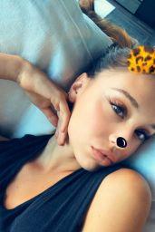 Alexis Ren Social Media Pics 4/4/2017