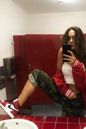 Alexis Ren Social Media Pics 4/6/2017