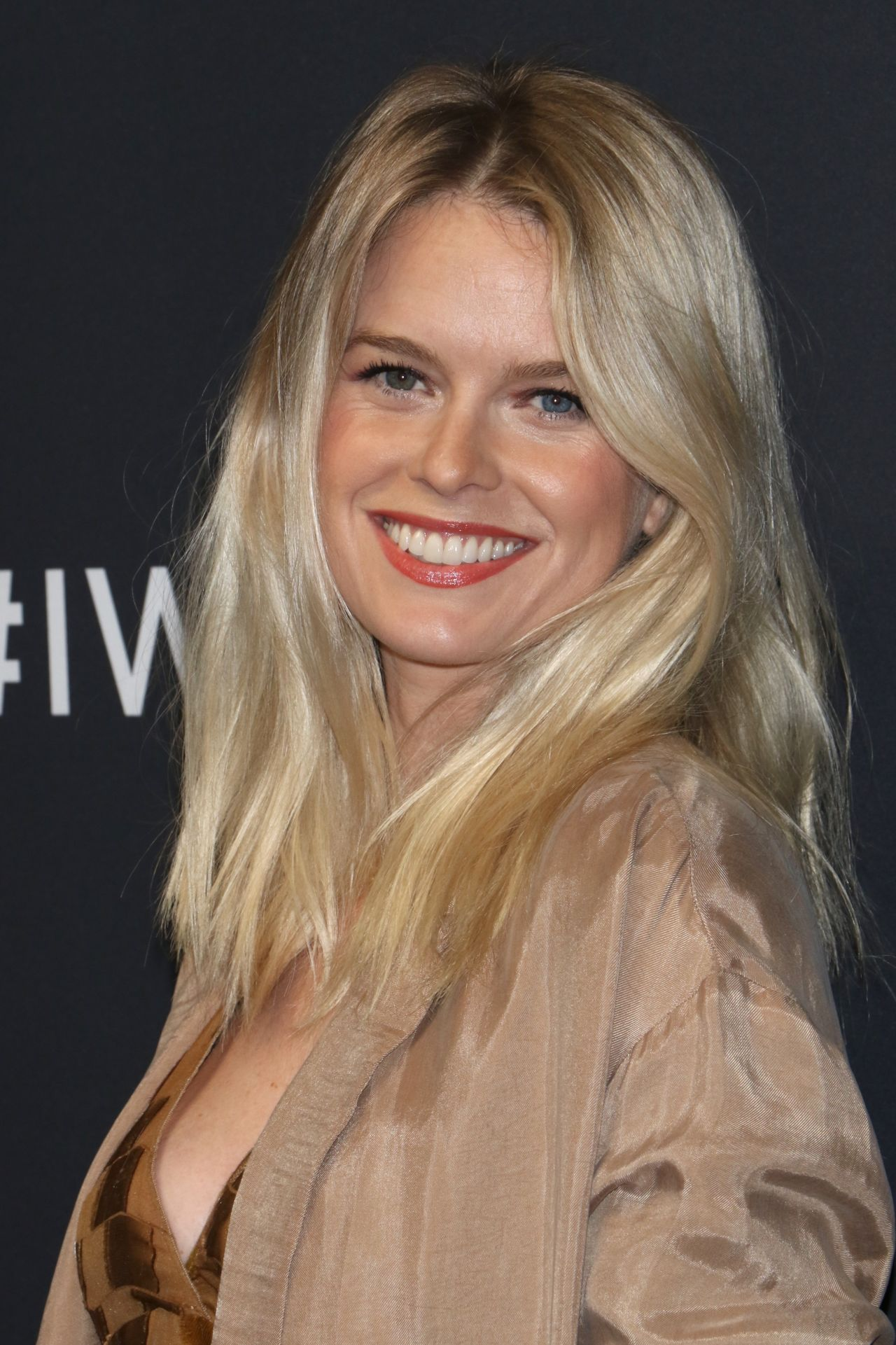 Alice Eve Iwc Schaffhausen For The Love Of Cinema Gala
