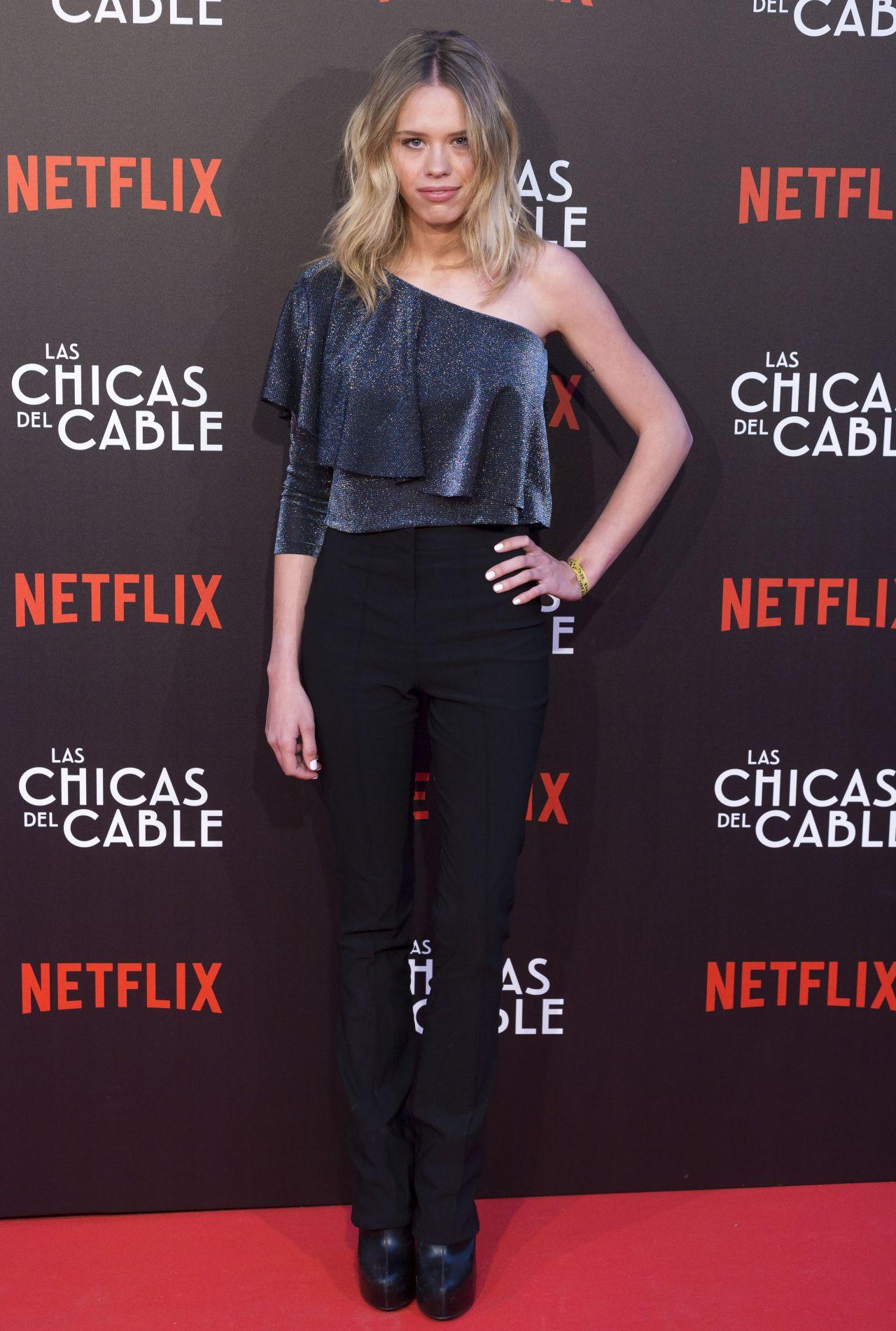 "Almudena Lapique at ""Las Chicas Del Cable"" Movie Premiere in Madrid 04/27/2017"