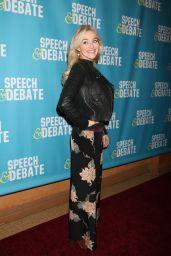 "Betsy Wolfe at ""Speech & Debate"" Premiere in New York 4/2/2017"