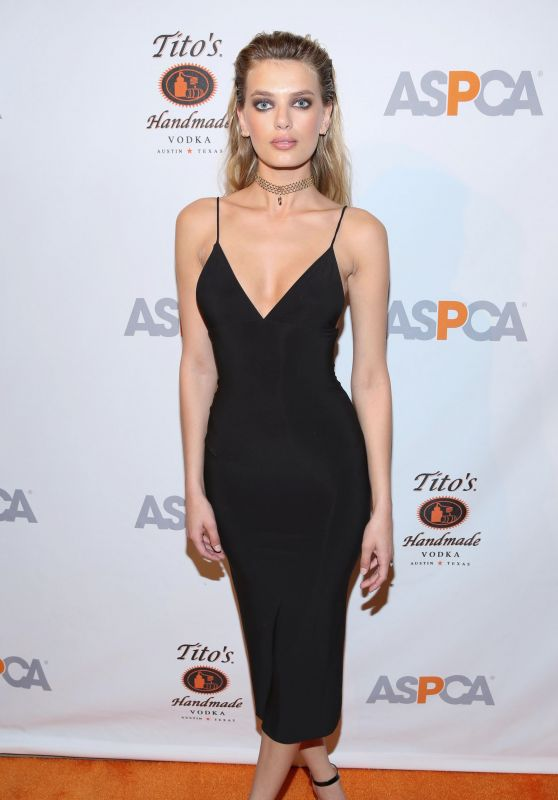 Bregje Heinen – ASPCA Bergh Ball at the Plaza Hotel in NYC 4/20/2017