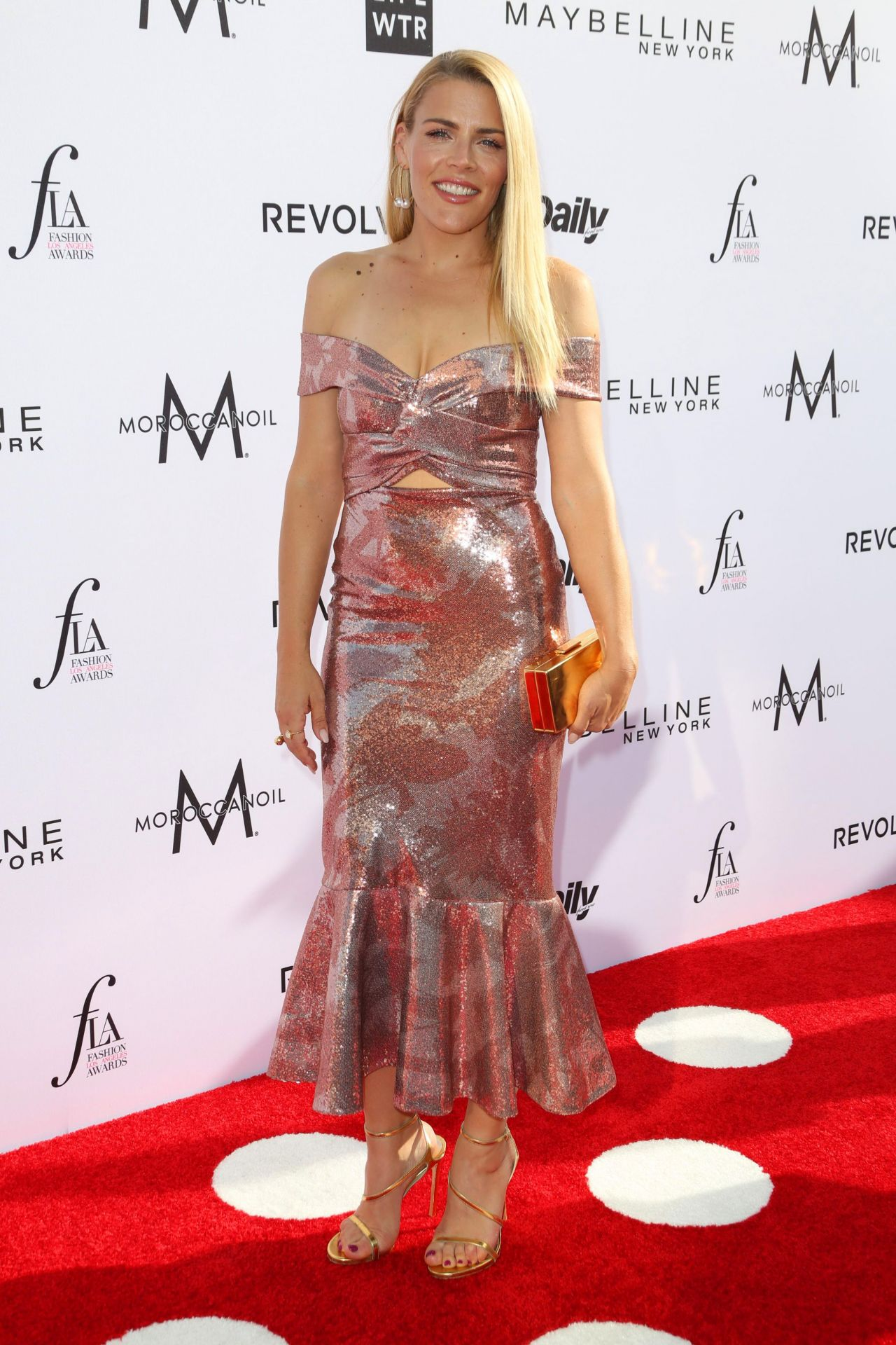 Busy Philipps On Red Carpet At Daily Front Row S Fashion