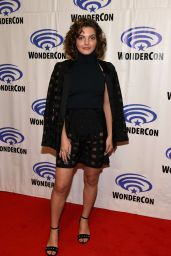 Camren Bicondova at Wondercon in Anaheim, CA April 2017