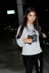 Chantel Jeffries at Catch LA Restaurant in West Hollywood 4/18/2017