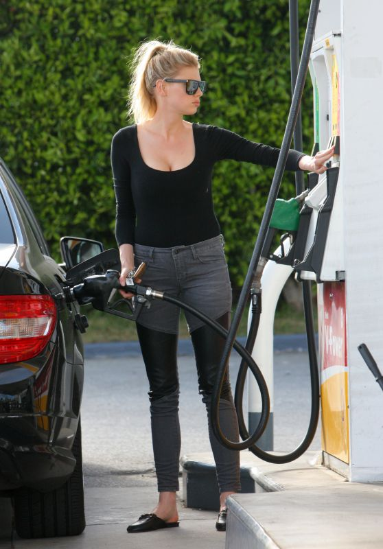 Charlotte McKinney Getting Some Gas in Los Angeles, CA 4/6/2017