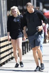 Chloe Moretz in a Pair of Black Loose Fitting Athletic Shorts - Aroma Cafe in LA 3/31/2017