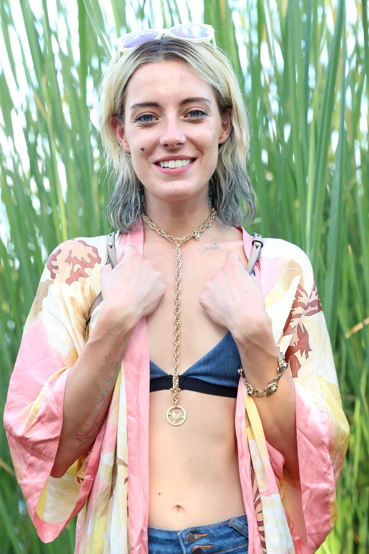 May Kitson,Jade Cole Hot photos Jenny Gago,Keri Lynn Pratt