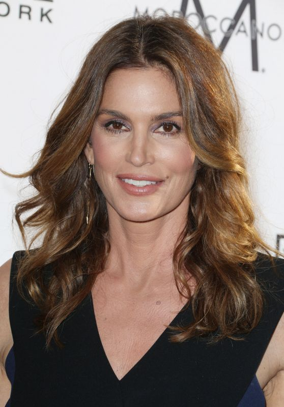 Cindy Crawford at Daily Front Row's Fashion Los Angeles Awards 2017