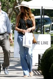 Cindy Crawford Street Style - Out in Hollywood 4/22/2017