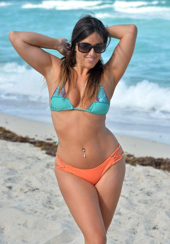 Claudia Romani Bikini Photos - Miami Beach 04/20/2017