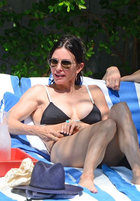 Courteney Cox in Bikini - Miami Beach, March 2017