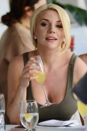 Courtney Stodden at Villa Blanca in Beverly Hills 4/5/2017