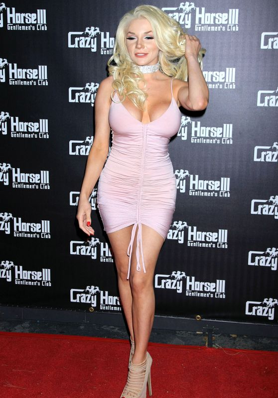 Courtney Stodden - Hosts Official Divorce Party in Las Vegas 04/28/2017