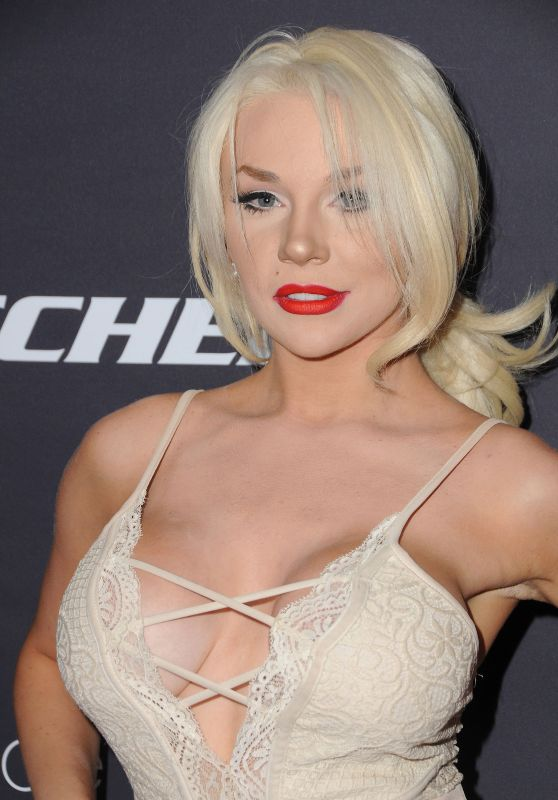 Courtney Stodden - Star Magazine Hollywood Rocks in West Hollywood 4/6/2017