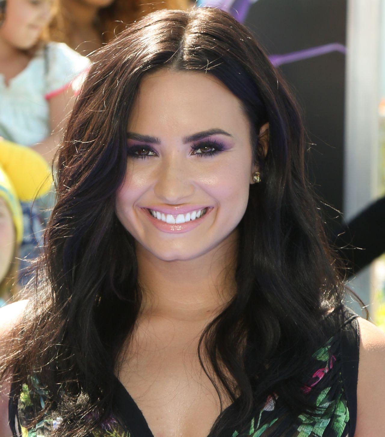 """Demi Lovato at """"Smur..."""