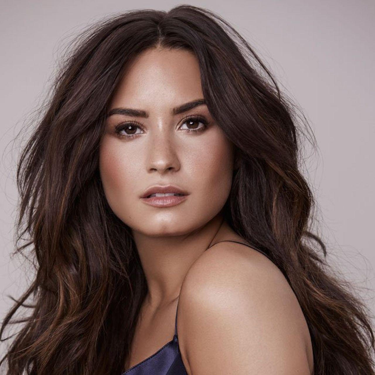 Demi Lovato Photos, April 2017 • CelebMafia