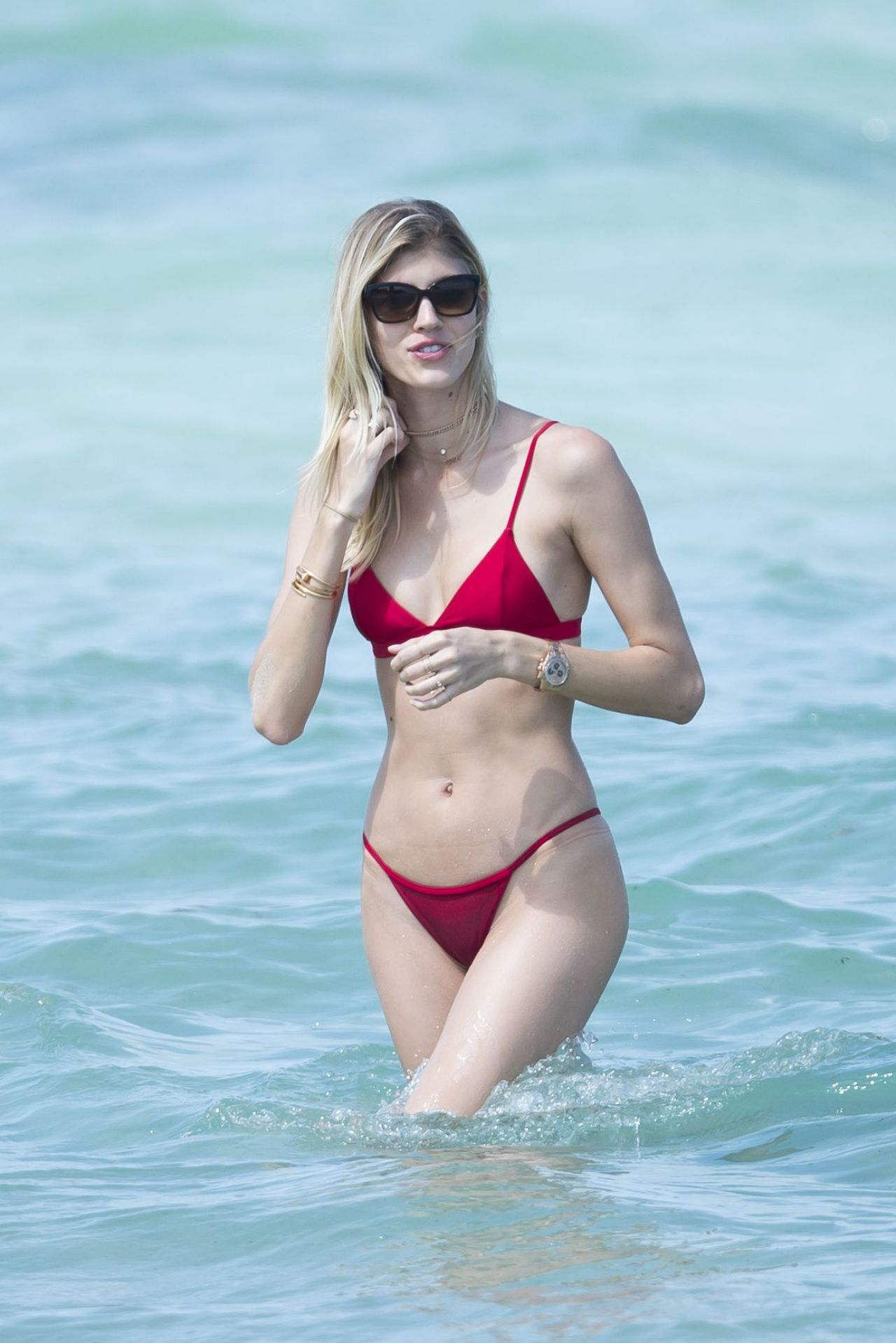 Bikini Devon Windsor nude (72 photo), Tits, Fappening, Twitter, braless 2006