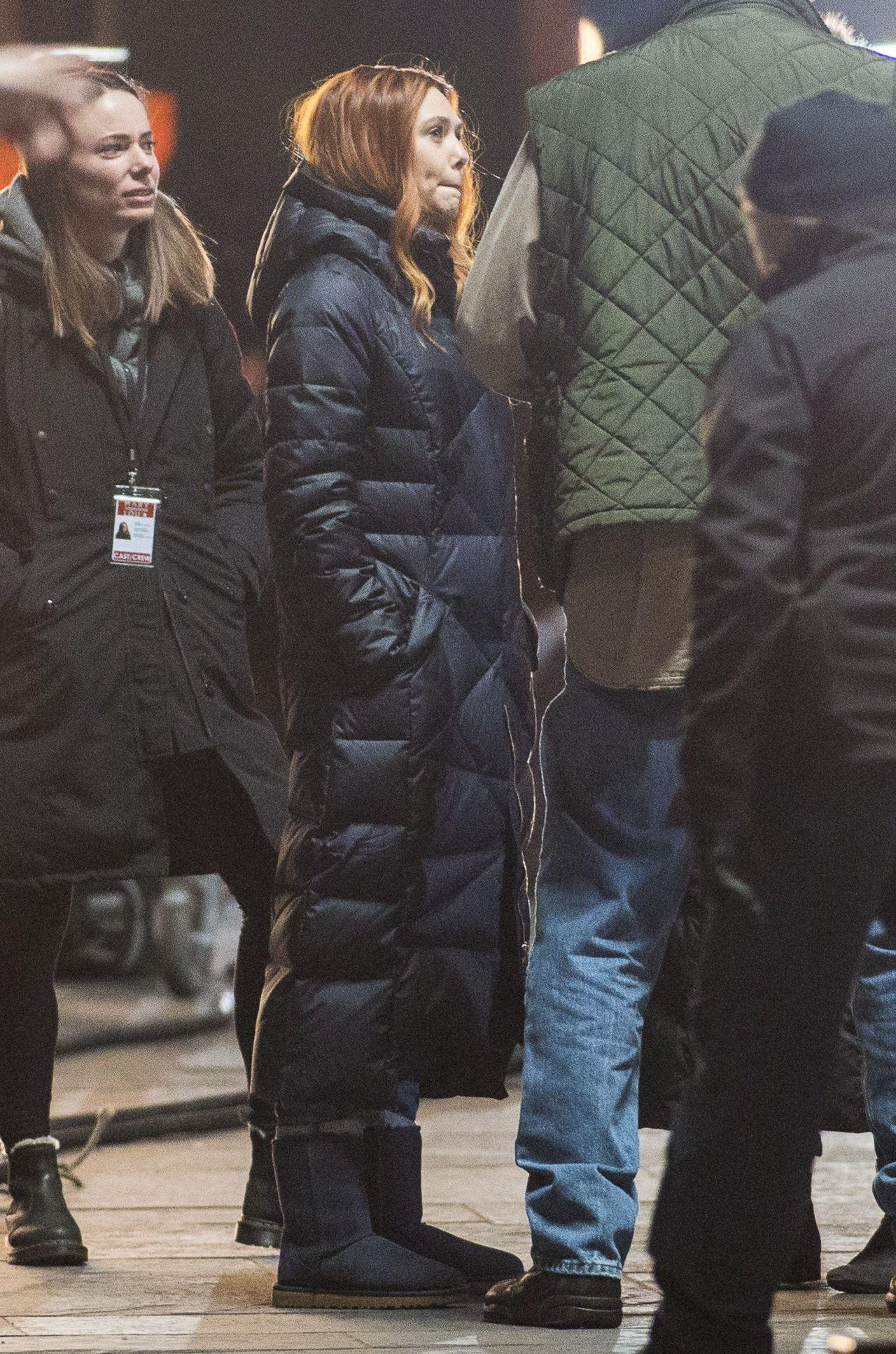 Elizabeth Olsen - Aven... Kristen Bell Husband