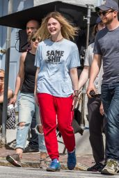 Elle Fanning Street Style - Arrives to Set Makeup Free in Westchester, NY 4/12/2017