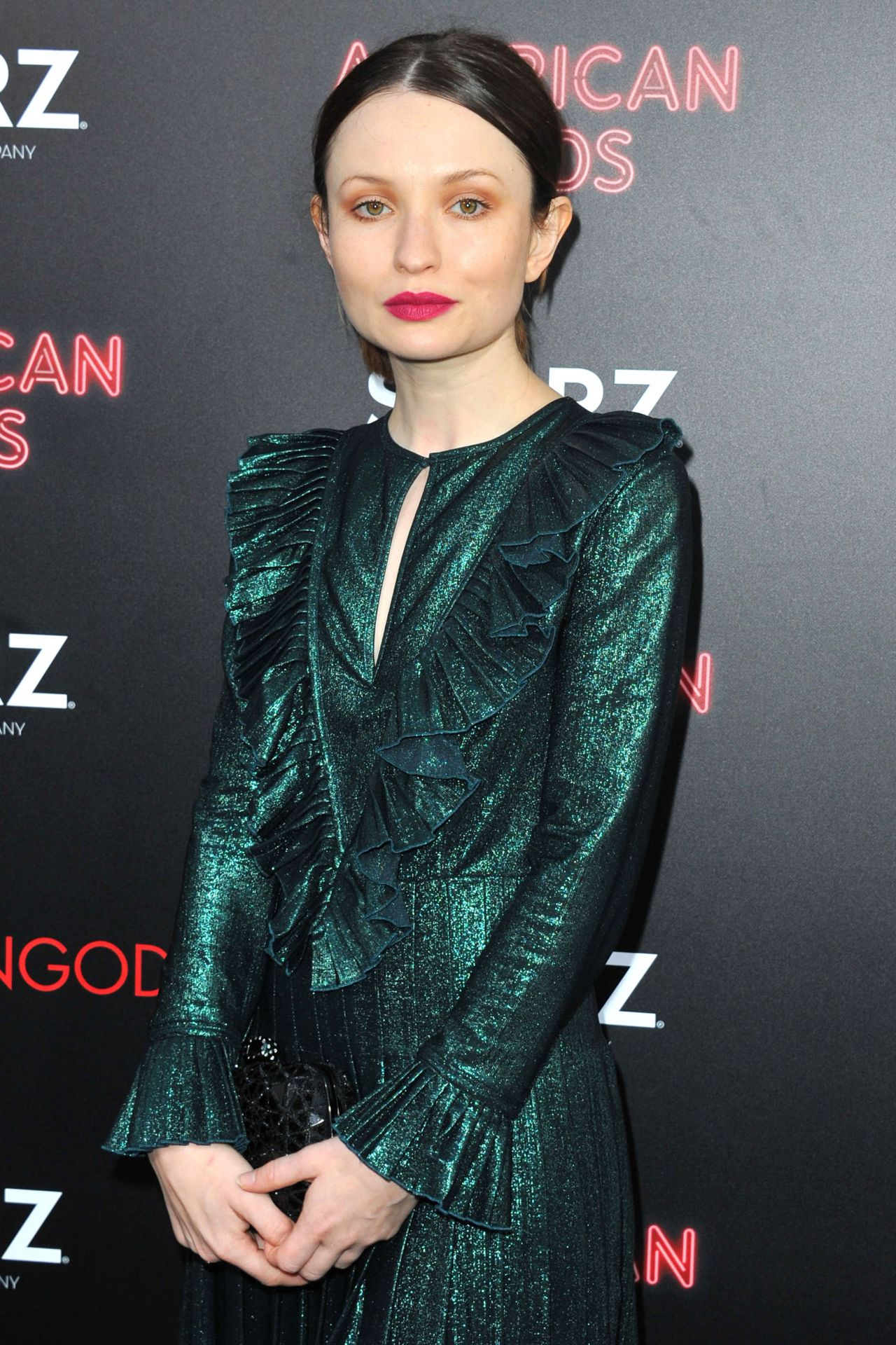 emily browning 2017 - photo #17