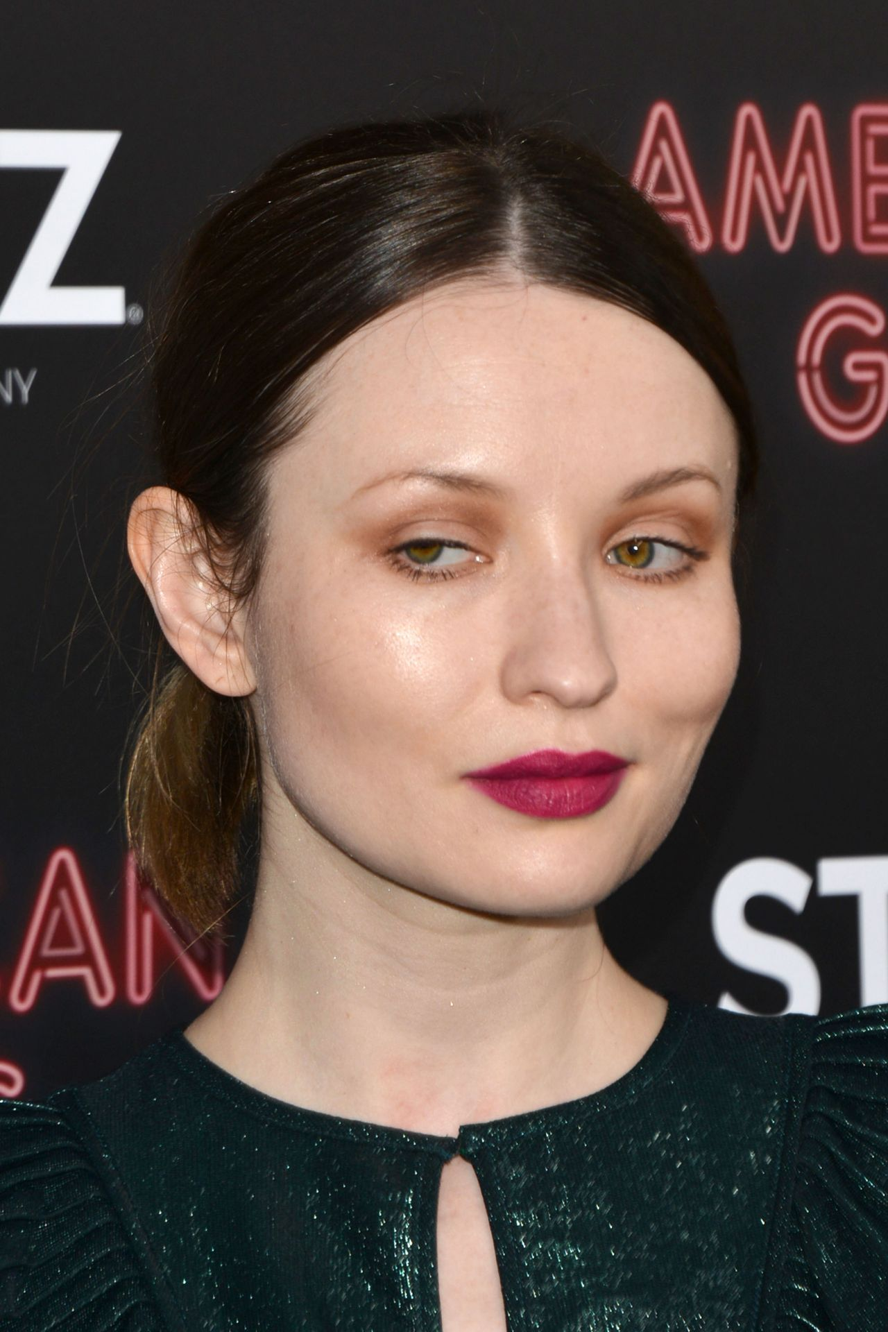 emily browning 2017