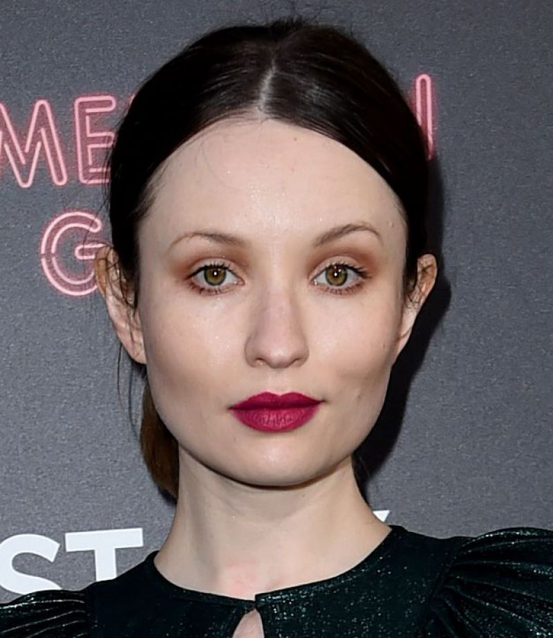 emily browning 2017 - photo #38