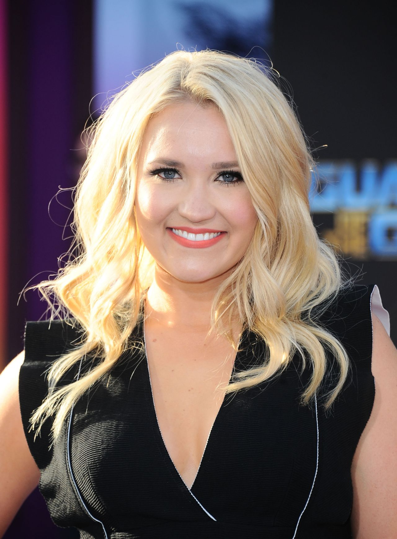 Emily Osment Nude Photos 52