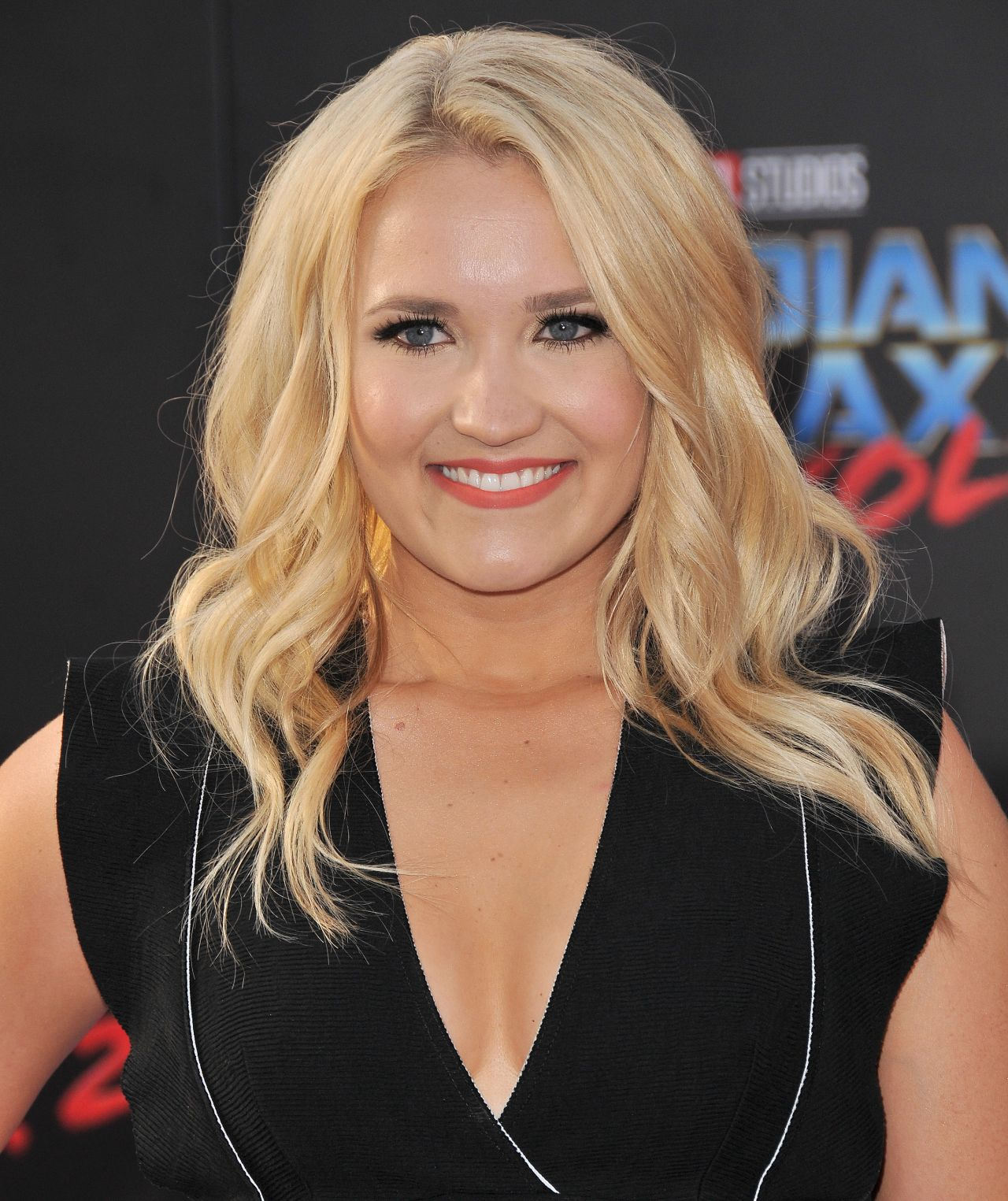 Emily Osment Nude Photos 60