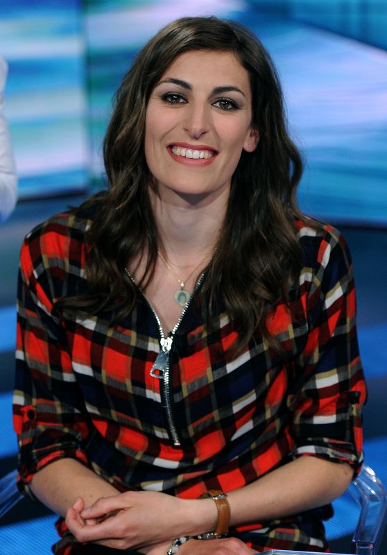 """Evelyn Insam - """"Che tempo che fa"""" TV Show in Milan 4/2/2017"""