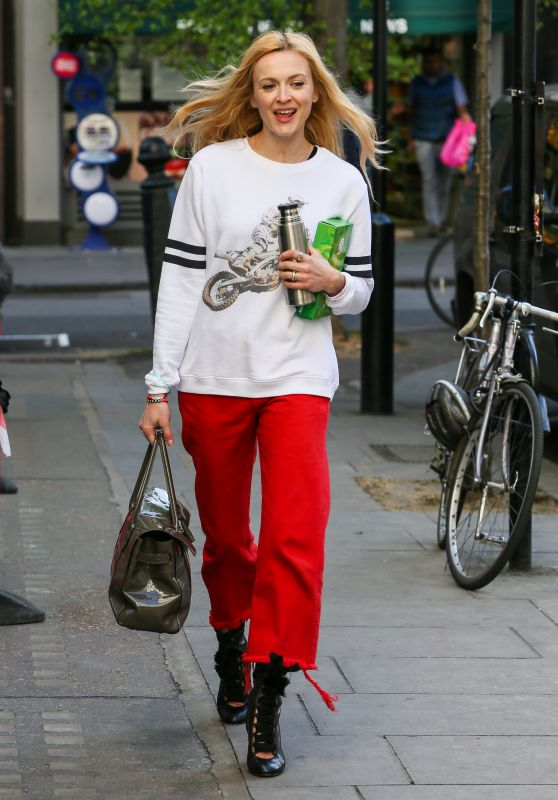 Fearne Cotton Arriving at BBC Radio Two Studios in London 4/10/2017