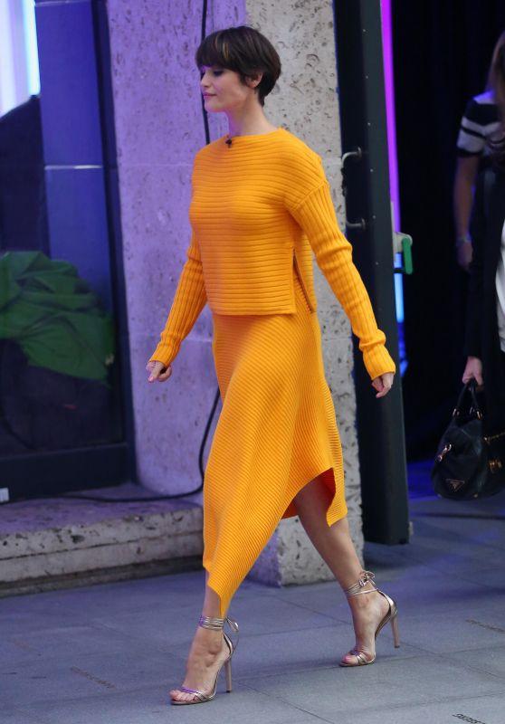 "Gemma Arterton - ""The One Show"" in London 4/10/2017"