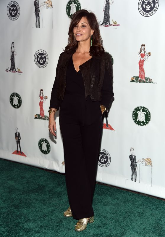 Gina Gershon – The Turtle Conservancy's Turtle Ball in New York 4/17/2017