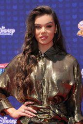 Hailee Steinfeld – Radio Disney Music Awards in Los Angeles 04/29/2017