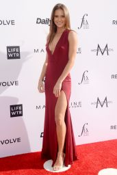 Helen Owen on Red Carpet at Daily Front Row's Fashion Los Angeles Awards 2017