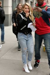 """Hilary Duff Street Style - Heads to """"Younger"""" Set in New York 4/5/2017"""