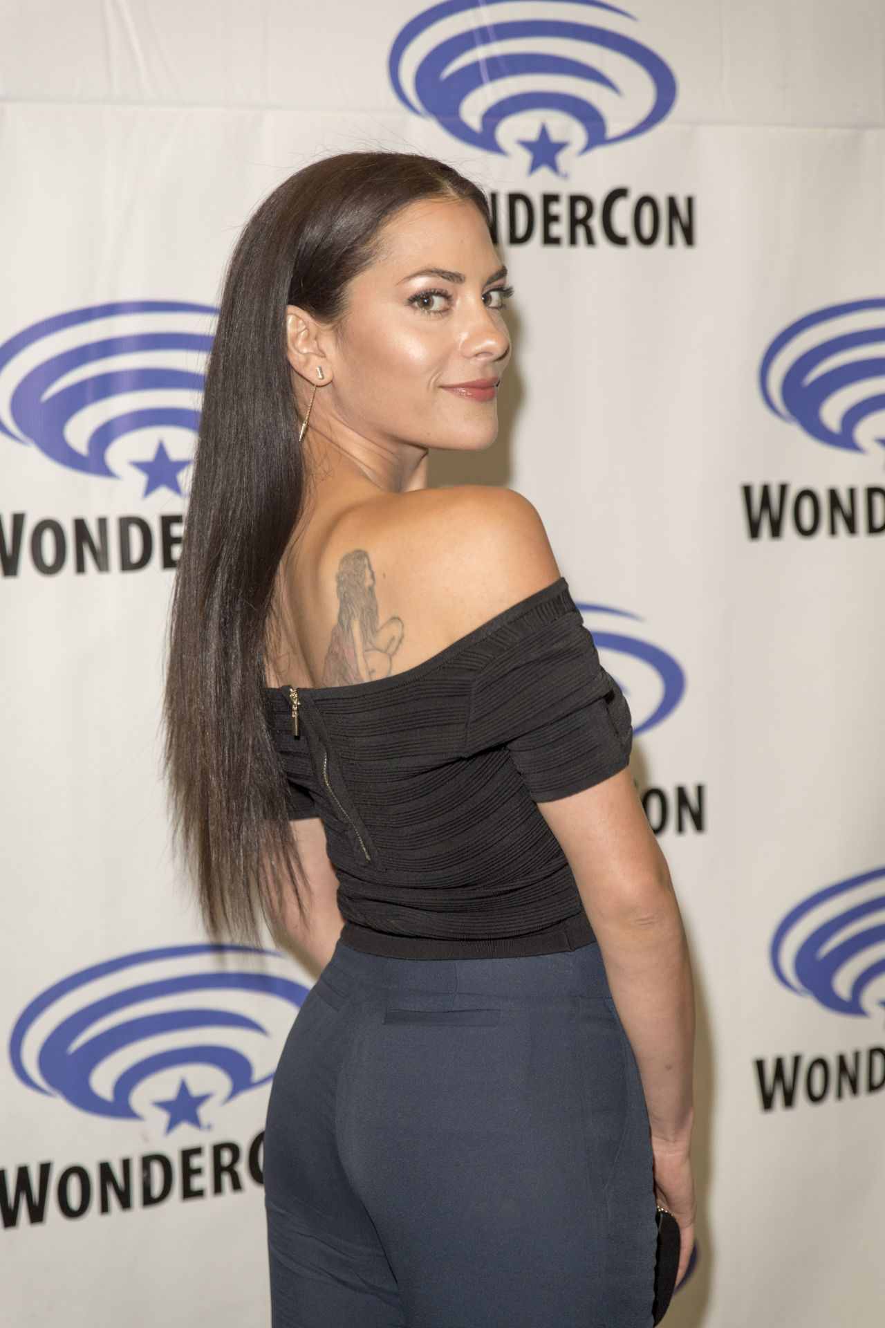 Inbar Lavi - Prison Break Series Press Room At Wondercon -1365