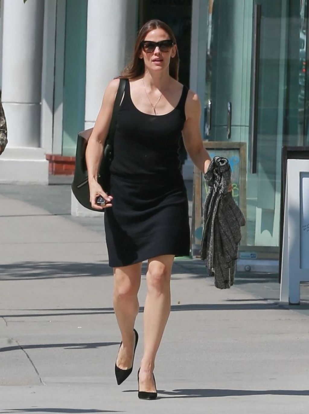 Jennifer garner in black mini skirt brentwood nudes (89 photo)