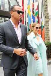 Jennifer Lopez - Out in New York 04/24/2017