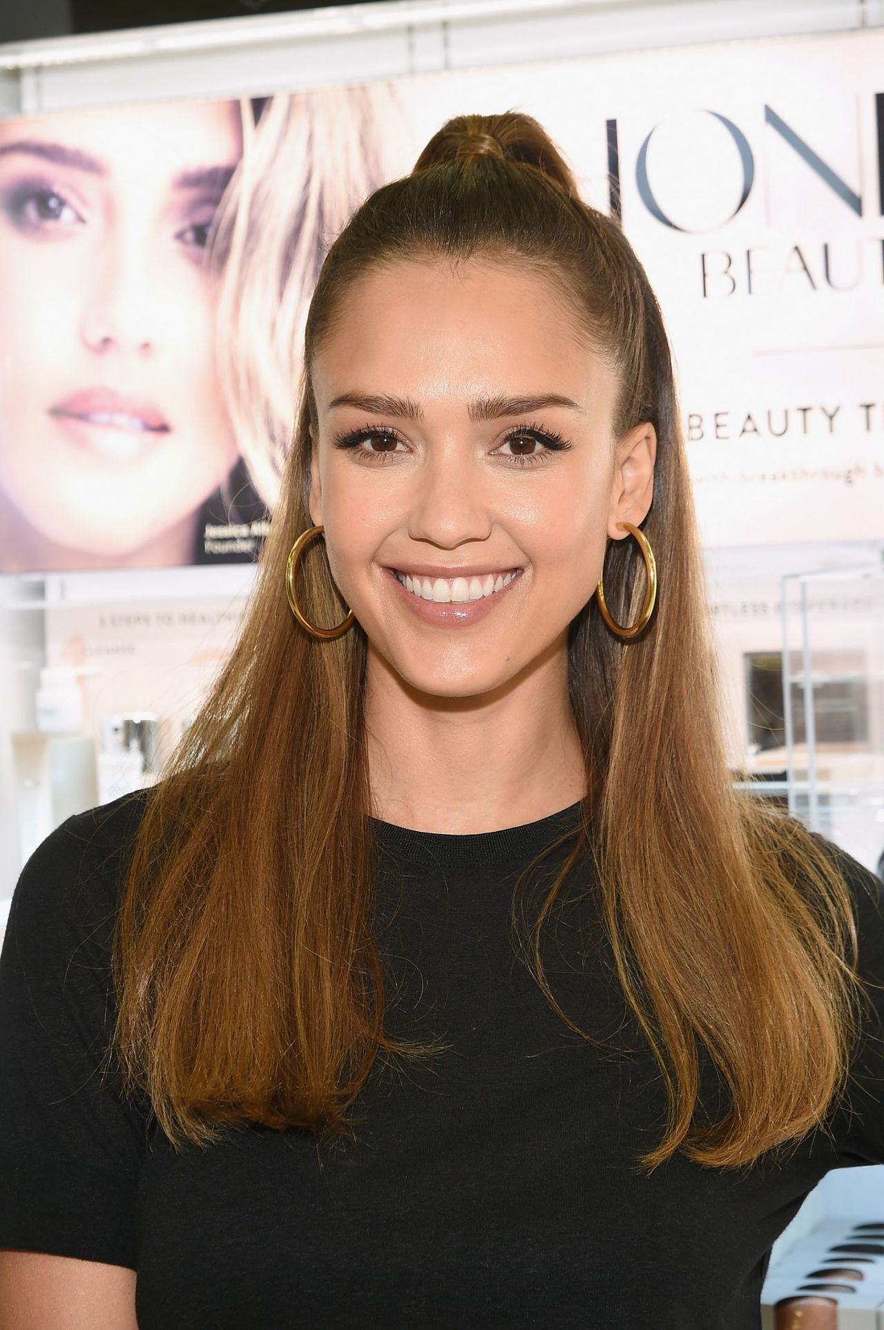 Jessica Alba Surprises Target Guests With Honest Beauty Makeovers in New Jersey 4/4/2017
