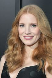 """Jessica Chastain on Red Carpet - """"The Son"""" Premiere in Hollywood 4/3/2017"""