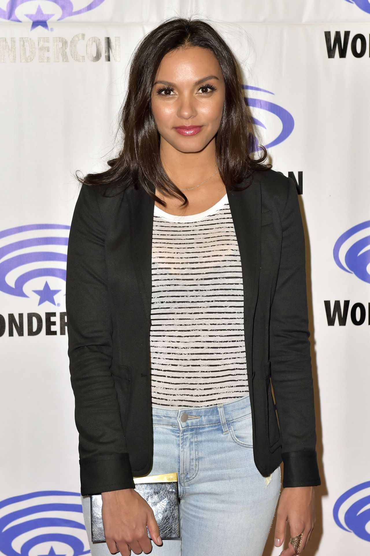 Jessica Lucas At Quot Gotham Quot Panel At Wondercon In Anaheim 4
