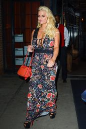 Jessica Simpson Night Out Style - Leaves at Restaurant in New York, April 2017