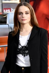 """Joey King at """"Unforgettable"""" Premiere in Los Angeles 4/18/2017"""