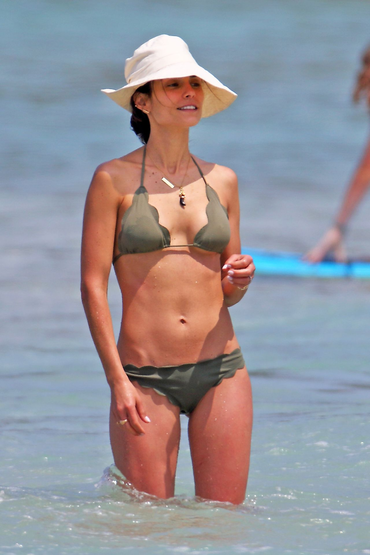 Jordana Brewster in Bikini