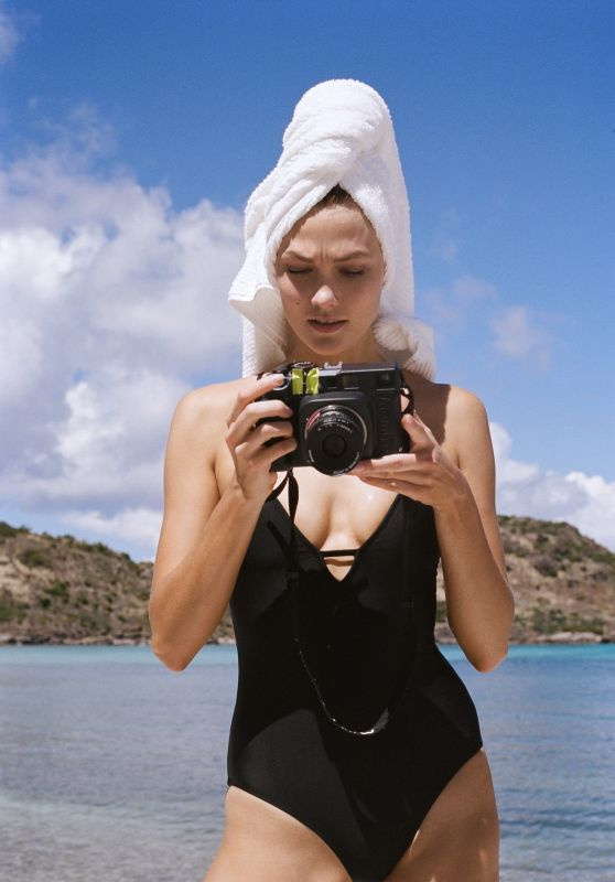 Karlie Kloss Photoshoot - The Karlie Kloss x Express Collection April 2017