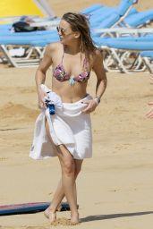 Kate Hudson in Bikini at a Beach in Hawaii 4/4/2017